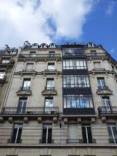 Property A Louer PARIS (TLUN-T4849)