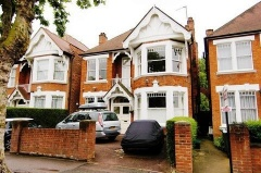Property Buy a Property in London (PVEO-T288197)