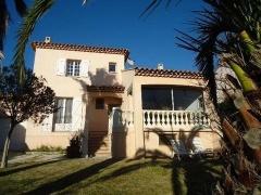 Property Maison/villa 5 pièces et plus (YYWE-T26648)