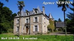 Property MORBIHAN – Nord de Vannes – Château avec 14,5 hectares de terrain de loisirs
