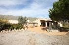 Property Propiedad encantadora entre las poblaciones de Pollensa y Puerto Pollensa, al norte de la isla Mallorca (EMVN-T505)