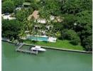 Property Single Family &amp. Villas for sale 5800 N BAY RD Miami Beach, Florida 33140 (VIZB-T340)